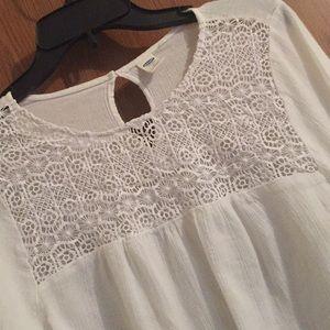 Women's White Crochet Lace Top